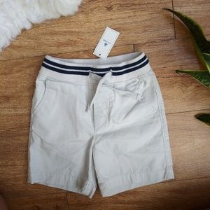 ⚡️ NWT GAP Shorts Sz 18/24 Months